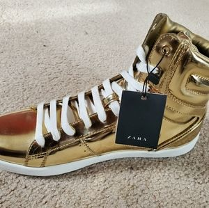 New Zara Men's Gold High Top Sneakers